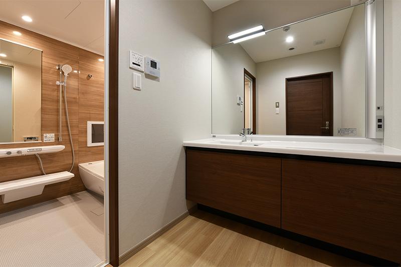 親族控室 浴室 / 前原 葬儀|セレモ前原駅ホール