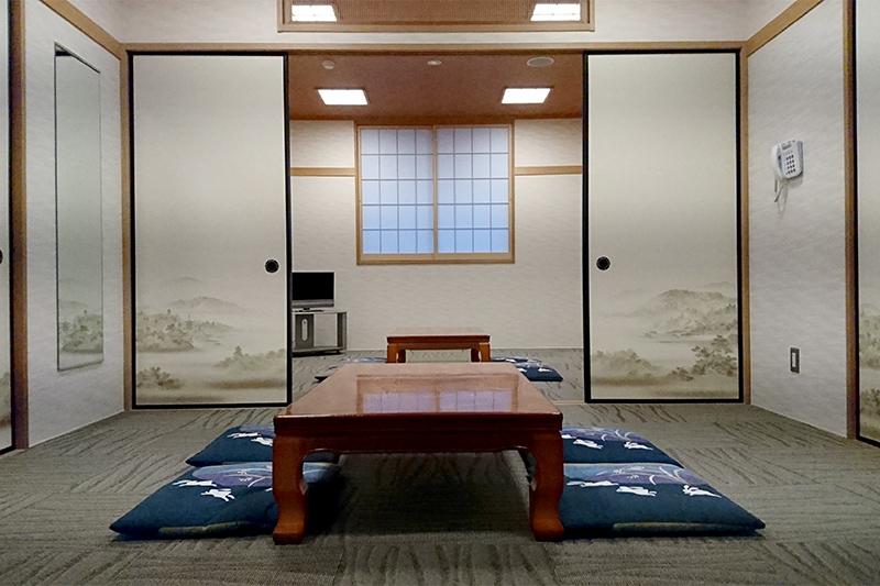 親族控室(床暖房完備)