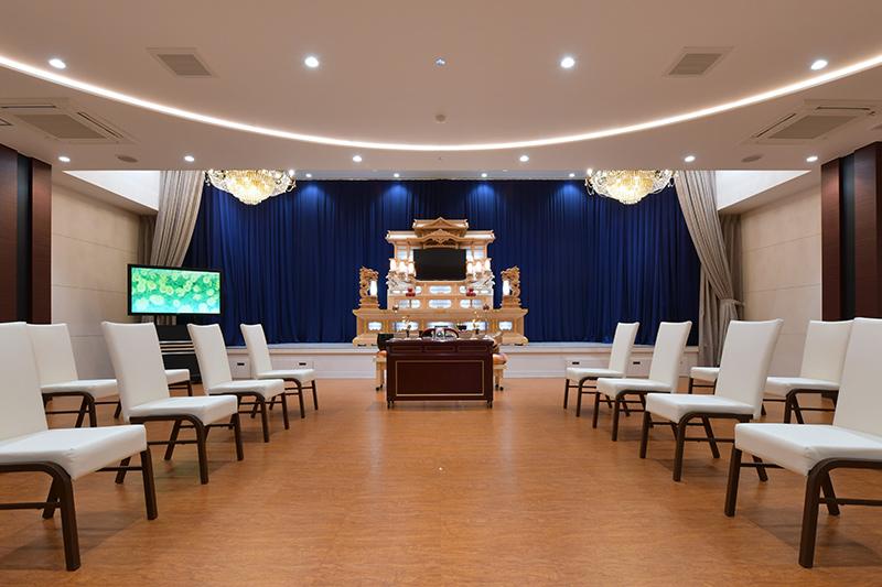 飛天 / 瑞江 葬儀 セレモ江戸川ホール